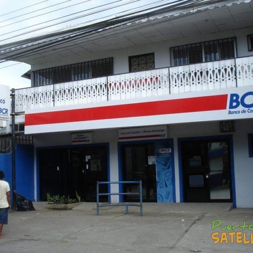 Puerto Viejo Costa Rica banco de Costa Rica